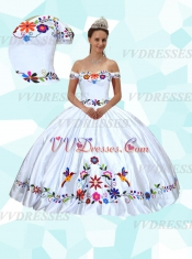 Pretty Off Shoulder Western Mexico Embroidery Birds & Flowers Quinceanera Gowns Thick Satin