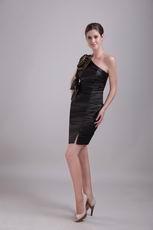 One-shoulder Black Sheath Short Prom Dress With Handmade Flower