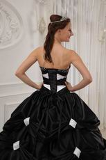 Pretty Sweetheart Black And White A-line Skirt Quinceanera Gown