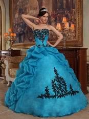 Sweetheart Neckline Teal Quinceanera Dress With Black Applique