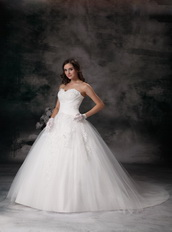 Beautiful Ball Gown Sweetheart Appliqued Wedding Bridal Gown Low Price