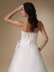 Basque Waist Floor-length White Organza Prom Dress