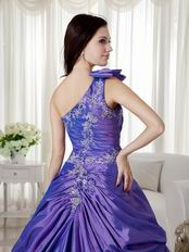 One Shoulder Embroidery Decorate Quinceanera Dress Customized
