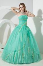 Fashion Strapless Spring Green Evening Ball Gown With Applique