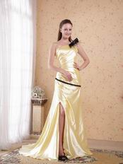 Golden Floor-length One Shoulder Side Split Evening Dress