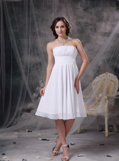 White Strapless Knee-length Chiffon Homecoming Dress Pretty Summer
