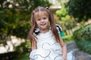 Beautiful Flower Straps Ball Gown Cute Ruffle Skirt Flower Girl Dress