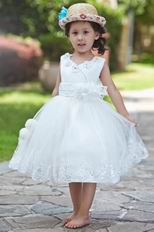 Lovely V-Neck Flower Embellish Ankle Length Flower Girl Dresses