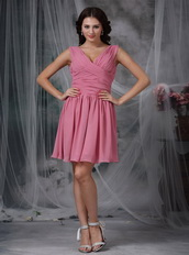 Hot Sell V-neck Mini Prom Dress By Roes Pink Chiffon Knee Length Sexy