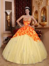 Light Yellow Quinceanera Gowns Dresses With Printed Flower Fabric
