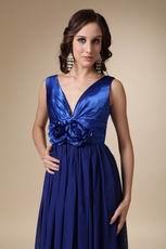 Royal Blue Chiffon V-neck Prom Dress With Handmade Flowers