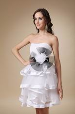 Layers Knee Length Skirt Prom Dress With Feather Flower Decorate