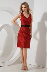 Beautiful V-Neck Wine Red Short Prom Dress With Black Blet