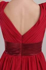 V-neck Knee-length Wine Red Chiffon Short Prom Dress With Sash