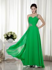 Bright Spring Green Chiffon Prom Dress With One Shoulder Neck
