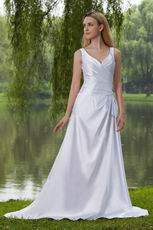 Elegant V Neckline White Taffeta Garden Wedding Dresss With Beading
