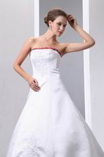 Elegant Strapless Embroidery Empire Wedding Dress With Red Color