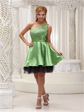 Foliage Green Short Prom Dress With Black Hemline Beaded Decorate One Shoulder