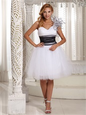 Flouncing One Shoulder Multilayer Tulle Graduation Dress White and Black