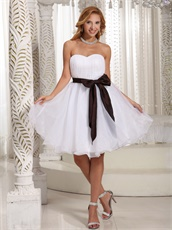 Simplicity Sweetheart White Organza Dama Dress With Brown Taffeta Bow