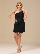 Fully Ruching Chiffon Short Black Graduation Dress With Gold Neck Finish