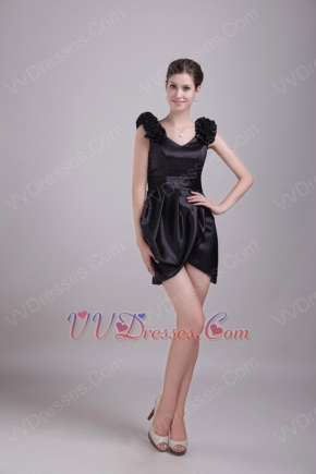 Ruffled V Neckline Sheath Mini Black Short Evening Dresses
