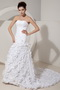 Mermaid Strapless Wedding Dress Decorate With Hand Made Flower Low Price