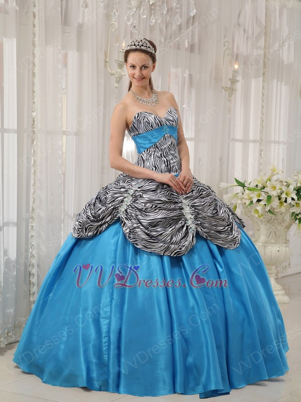 This Bridesmaid Dresses For 16 Year Old provided on JJsHouse must be what you wanted. Its sleek design and high quality will absolutely satisfy your requirements. Its sleek design and high quality will absolutely satisfy your requirements.