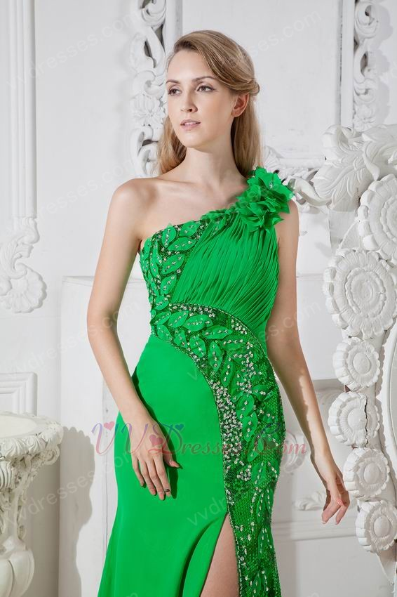 Unique One Shoulder Sequin Leaves Bright Green Prom Dress