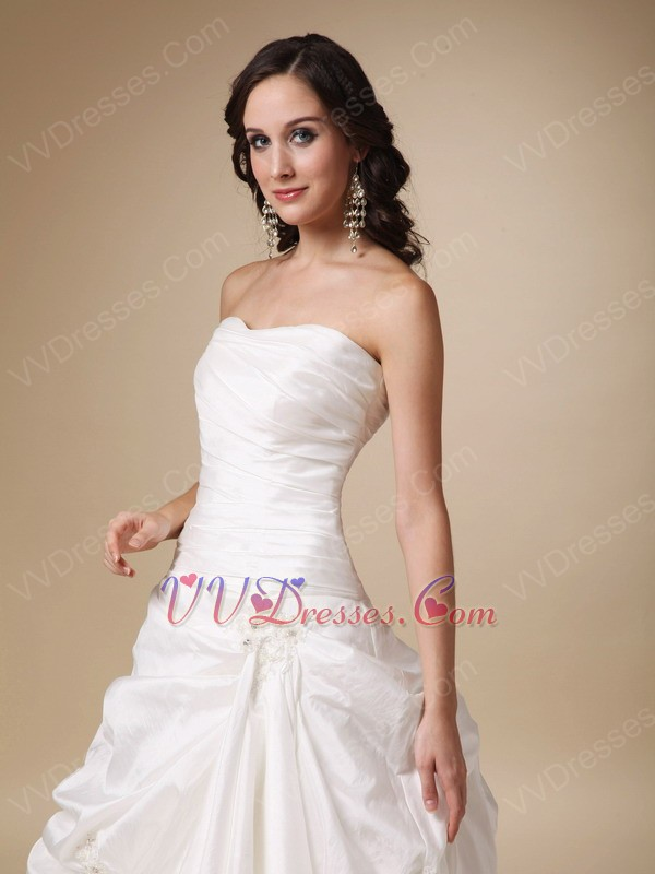Elegant style strapless taffeta 2014 simple bridal dress shop for Simple elegant wedding dress designers