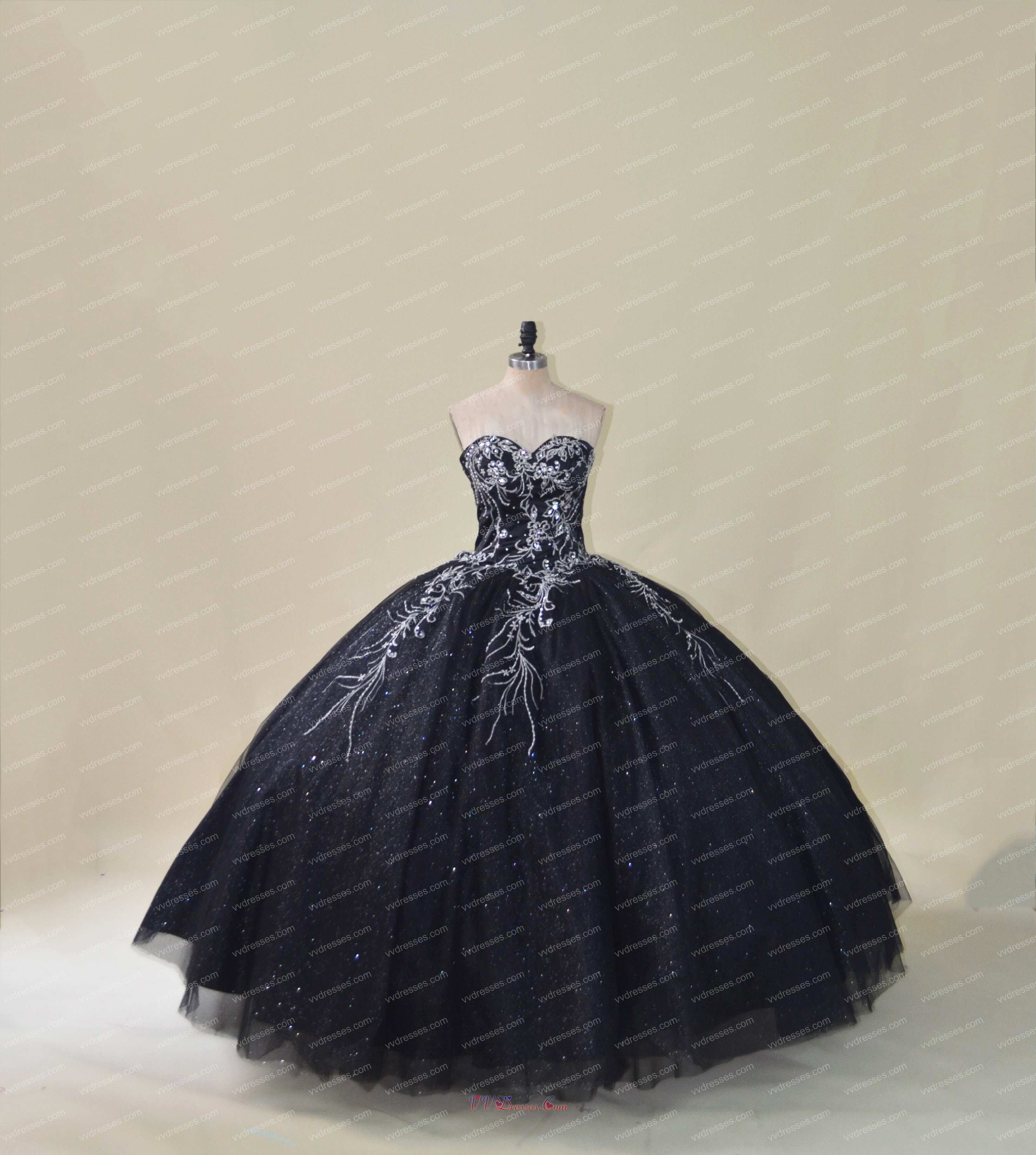 Silver Embroidery Black Puffy