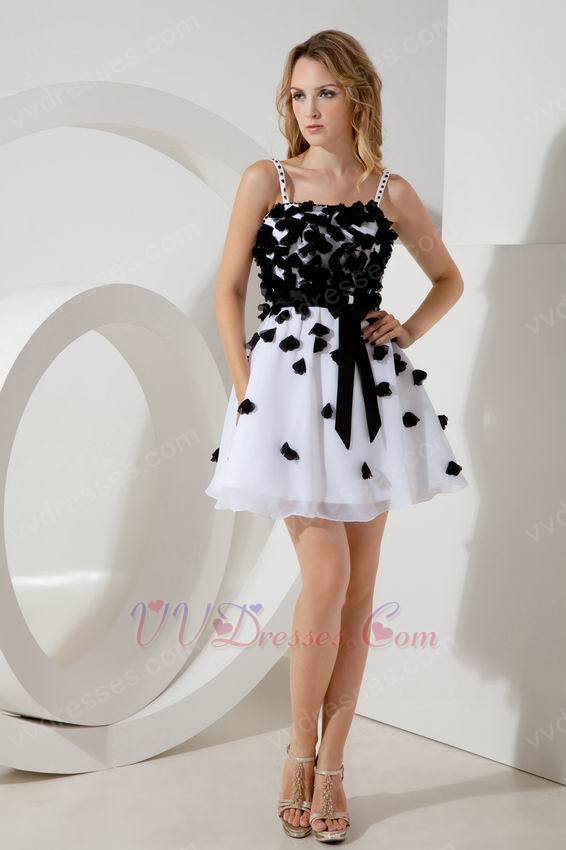 White Organza Mini Prom Dress With Black Flowers Decorate