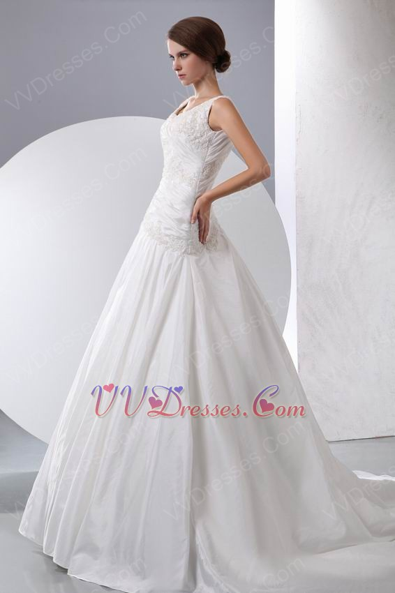 Beautiful square neck applique corset chapel puffy bridal for Beautiful puffy wedding dresses